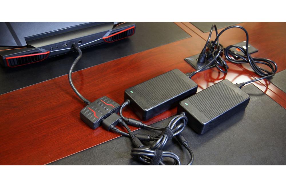 چرا 2 آداپتور برای لپ تاپ